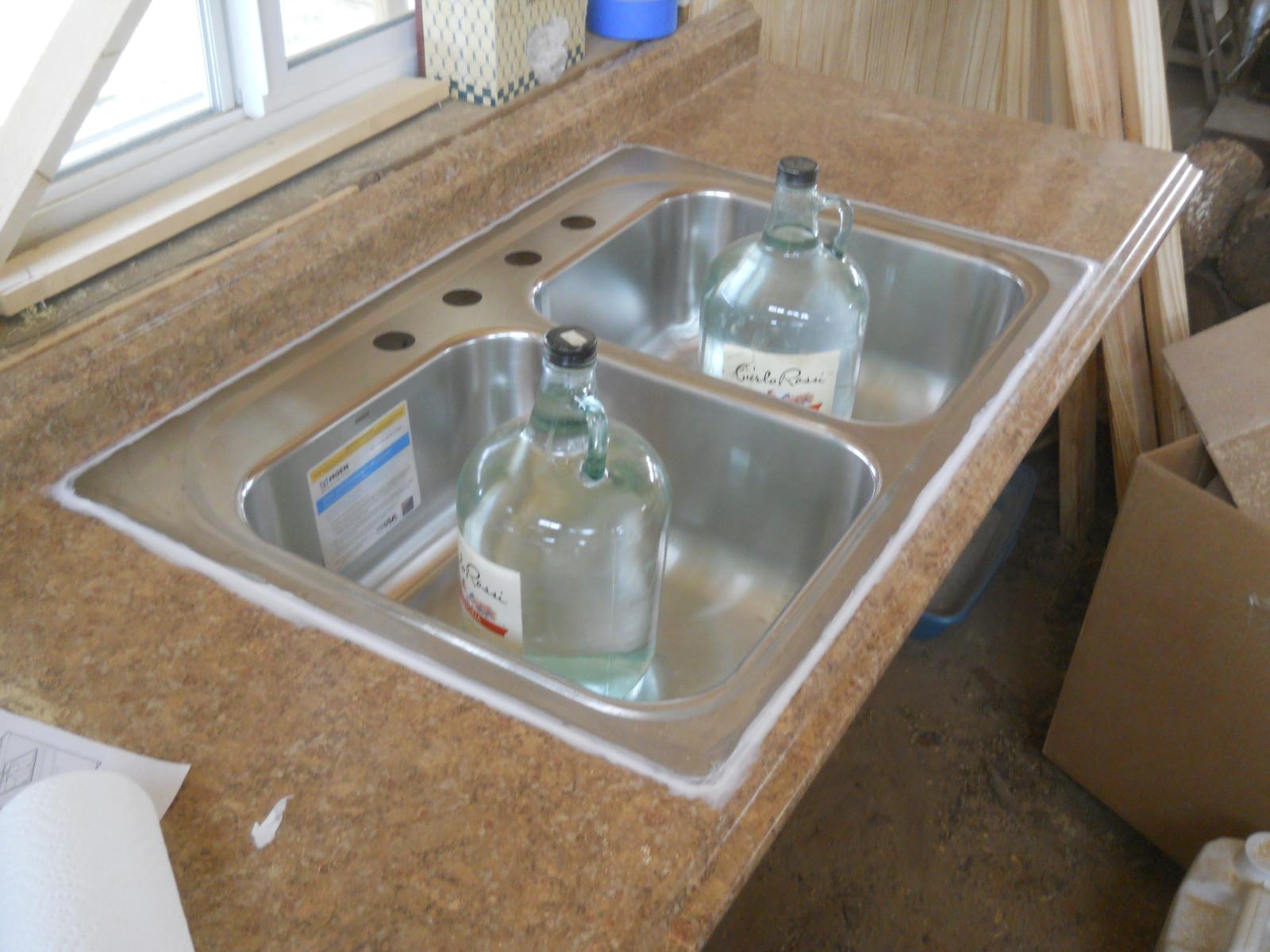 silicone around kitchen sink